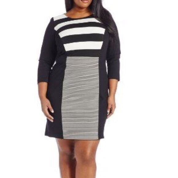 Vince Camuto Dresses & Skirts - ♡ VINCE CAMUTO BLACK AND WHITE STRIPED DRESS ♡